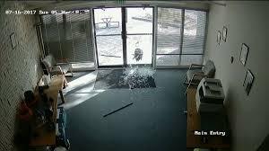 glass oven door shattered north carolina man u0027s kitchen oven door explodes glass shatters