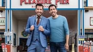 jonathan and drew scott property brothers drew and jonathan scott sign new deal with hgtv