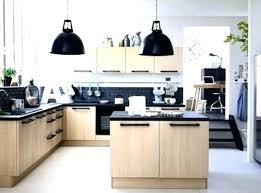 cuisine blanche plan de travail bois cuisine blanche sans poignee cuisine sans poignée cuisine blanche