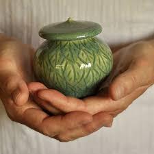 keepsake urn best 25 keepsake urns ideas on pet cremation services