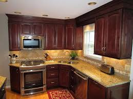 Pictures Of Small Kitchen Islands Best 25 Cherry Kitchen Cabinets Ideas On Pinterest Traditional