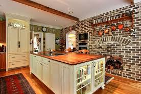 Red Walls In Kitchen - 50 trendy and timeless kitchens with beautiful brick walls