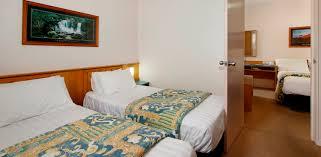 2 room family room gundagai accommodation