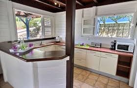 du bruit dans la cuisine bay 2 luxury vacation rental villa 3 papayers martinique le marin