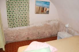moisissure mur chambre unique of moisissure mur chambre chambre