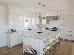 Cottage Kitchens Designs Chic White Cottage Kitchen Features Creamy White Shaker Cabinets