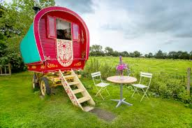 top 10 most unusual airbnb rentals in the world