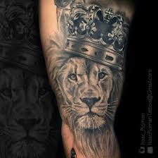 the 25 best roaring lion tattoo ideas on pinterest roaring lion