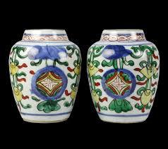Ming Dynasty Vase Value Pair Antique Chinese Wucai Enameled Vases Ming Dynasty 17th C Ebay