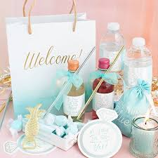 wedding welcome bag ideas diy these 4 amazing wedding ideas by 4 fab tastemakers kate