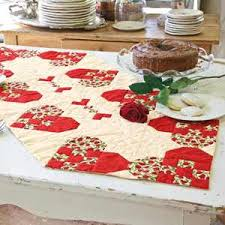 how to make table runner at home quick and easy heart of the home table runner quilting digest