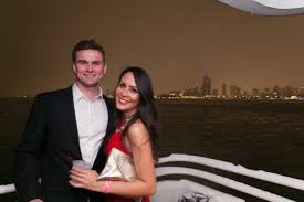 nye cruise chicago chicago 2018 new years nye yacht party tickets wantickets