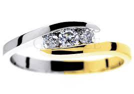 pierscionek zareczynowy jak wybrać idealny pierścionek zaręczynowy porady geselle jubiler