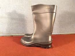 s knee boots size 9 servus by honeywell s knee boots size 9 steel toe type