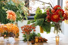 floral arrangements for thanksgiving table three easy fall floral arrangements for your thanksgiving table