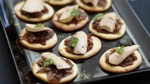 canape de receta de canapé de foie con cebolla gurmé