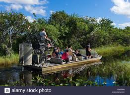 fan boat tours florida airboat tour at gator park airboat tours on highway 41 tamiami