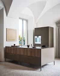 cesar cuisine laccato seta laguna noce canaletto marmo grigio amani cesar