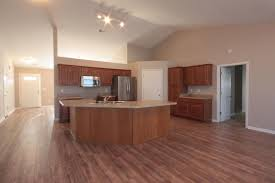 Pecan Laminate Flooring 533 Chastine Drive Spartanburg Sc 29301 Hotpads
