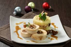 recettes cuisine noel recette de dinde de noël façon l atelier des chefs facile