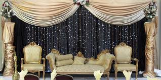 wedding backdrop gold black gold stage so chic pinteres