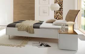 schlafzimmer weiss hochglanz abomaheber für schlafzimmer weiß
