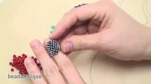 bead weaving with a flat even count peyote stitch youtube