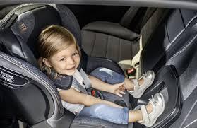 siege auto voiture 3 portes le top des sièges rf dos route préférés de maman sécurange