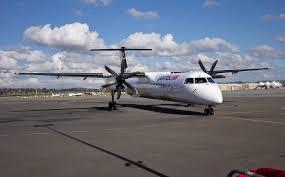 file qantaslink vh qow bombardier dash 8 q400 at wagga wagga