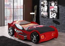 chambre voiture lit voiture enfant avec tiroir coloris turbo lit voiture