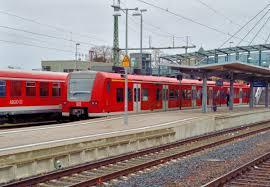Sinsheim Bad Bahnhof Sinsheim Elsenz Fotos Bahnbilder De