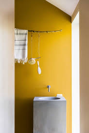 Bright Yellow Bathroom Rugs by Best 25 Yellow Bathrooms Ideas On Pinterest Yellow Bathroom