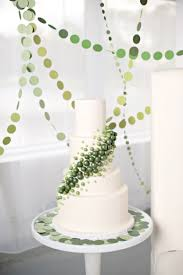 modern circle inspired green u0026 white wedding inspiration