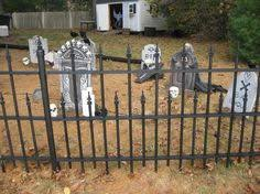 fabulous graveyard fencing tutorial i so want this in my yard