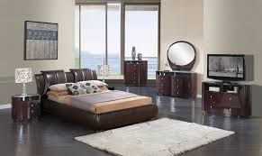 Master Bedroom Sets Extravagant Leather Modern Contemporary Bedroom Sets Milwaukee