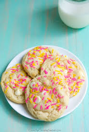 funfetti birthday cake sugar cookies recipe crunchy creamy sweet