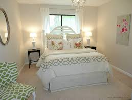 Decorating Small Bedrooms On A Budget by Decorating Small Bedroom On A Budget White Arm Chair With Gray