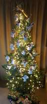 this woman decorated her christmas tree with angels for