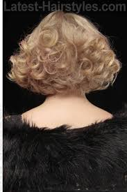 hair that is asymetric in back 26 short haircuts for thick hair that people are obsessing over in