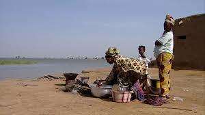 cuisine afrique casserole faire la cuisine afrique de l ouest hd stock