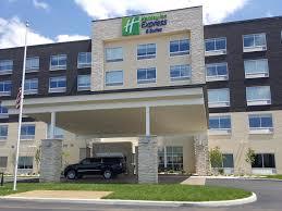 white lexus toledo holiday inn express u0026 suites toledo west hotel by ihg