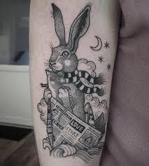 oltre 25 fantastiche idee su tatuaggi a forma di rosa sulla spalla