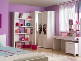 meuble bas pour chambre fille ameublement originale pour princesse blanche rangement meuble