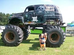 original grave digger monster truck awesome expeirence at the grave digger shop ck5 forums