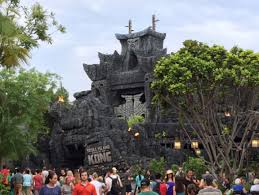 halloween horror nights islands of adventure skull island reign of kong u201d theme park attraction review