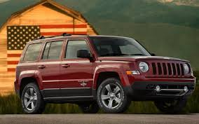 red jeep patriot 2013 jeep patriot freedom edition pays tribute to armed service