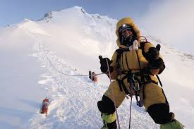 film everest in berlin photographer thom pollard to talk about everest trips as benefit for