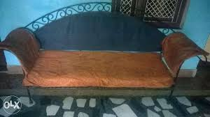 want to sell my sofa how can i sell my sofa selling my sofas they are a corner piece sofa