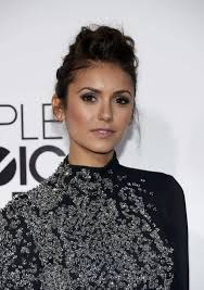 hairstyle how to nina dobrev at the 2016 people s choice awards