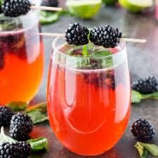 roxi nuovo oro di rosa squisito colore telaio cubico con cz all black cherry dragonfruit mocktail with mint blackberry and lime